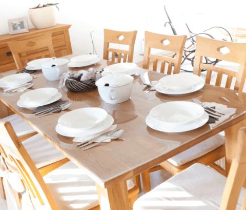 Tischfolie, Schutzfolie mit Geschirr