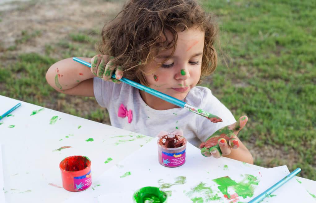 Bastelunterlage, Kind, Farben
