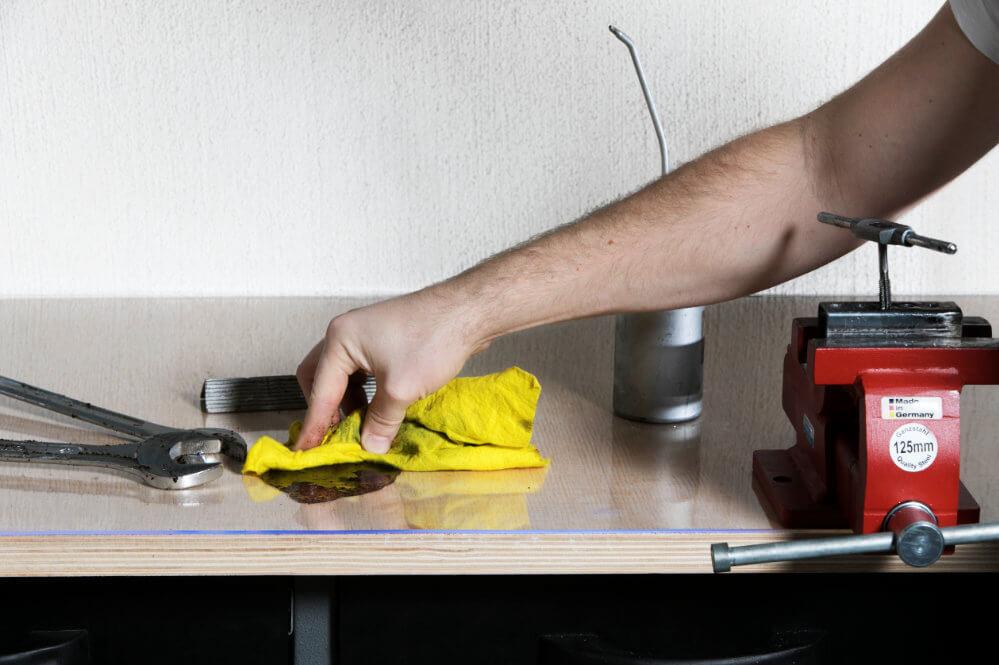 Schutzfolie transparent öl abwischen Schraubenschlüssel
