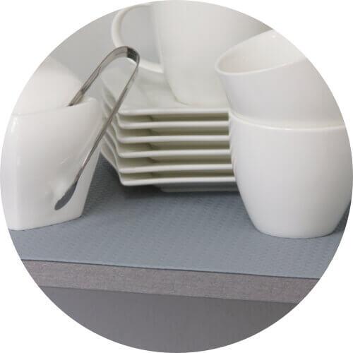 Tischfolie auf dem Esstisch